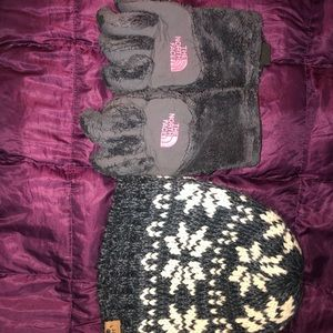 Bundle mix kids size s looks 6 years old